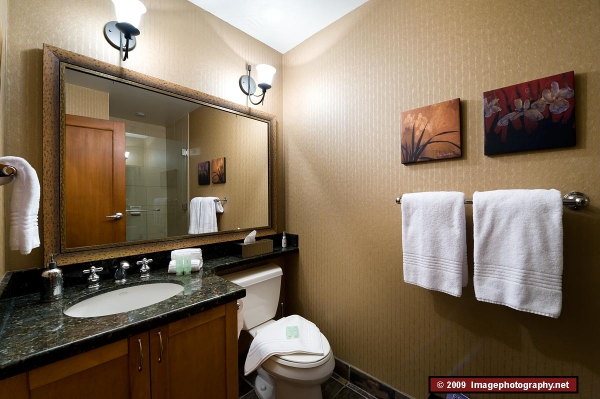 1256.bathroom_3.jpg