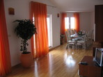 1284.tn-apartment_014.jpg