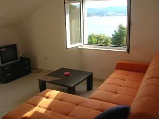 1310.one_bed_apt-lounge_with_view_over_korcula-2.jpg