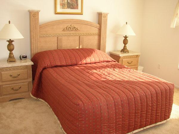 1580.master_bedroom.jpg