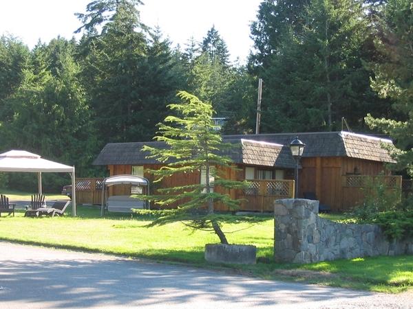 1737.gatehouse01.jpg