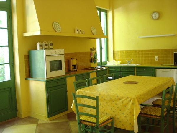 cuisine jaune et verte architecture design