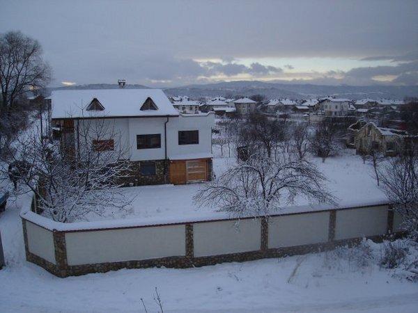 2159.chalet_hotel_snow.jpg