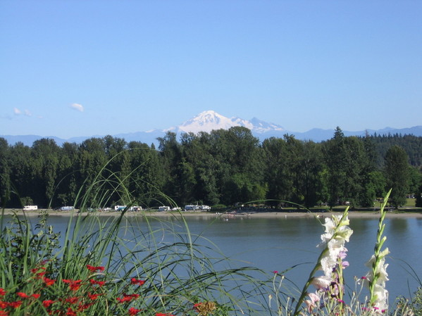 2221.25_fraser_river_and_mt._baker.jpg