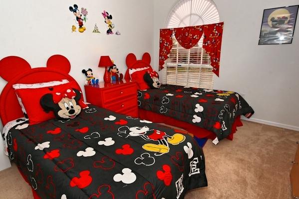 2260.023-twin_bedroom.jpg