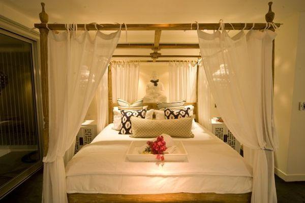 2403.la_maison_master_bed_night.jpg