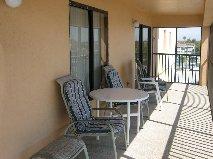 2425.6o_ft_l_shape_balcony.jpg
