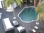 2507.tn-2-contemporary_pool_patio_furniture.jpg