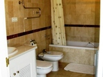 2559.tn-bathroom.jpg