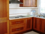 2559.tn-kitchen.jpg