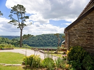 2666.home-dartmouth-english-holiday-letting-owners-direct-415862_1_.jpg