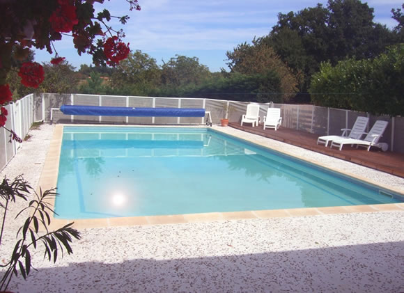2841.chauffour-pool-terrace_fs.jpg