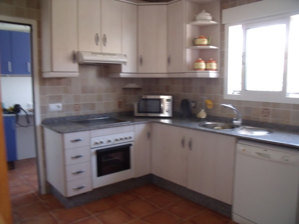 2844.casa_ronda_kitchen.jpg