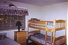 2860.joseph_s_cabin_bedroom.jpg