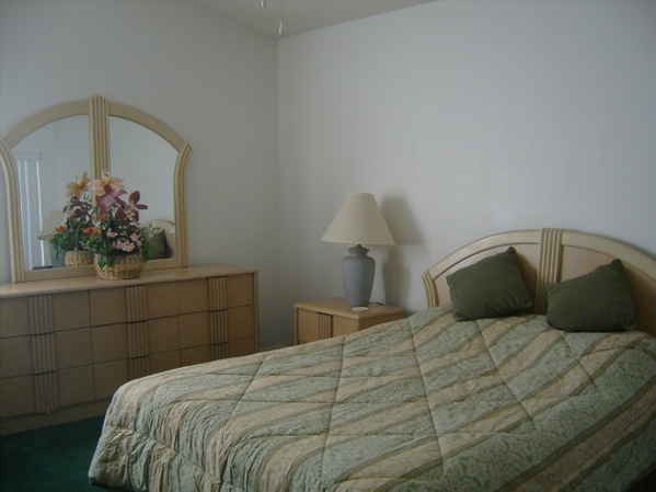 2937.masterbedroom1.jpg