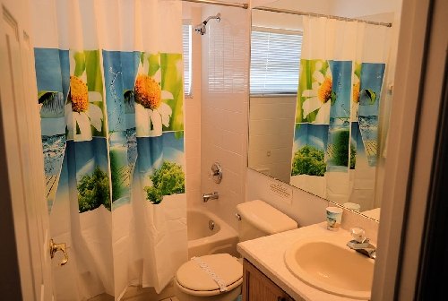 3115.230 - Family Bathroom.jpg