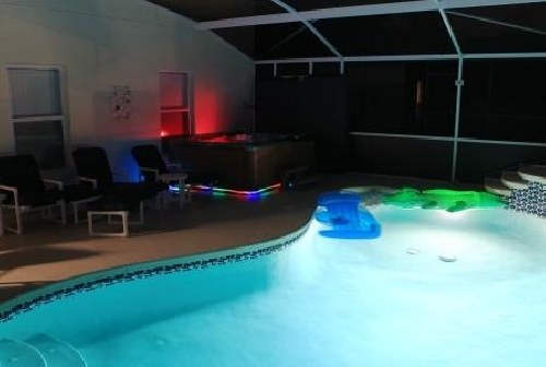 3177.Florida Rentals Pool Area.jpg