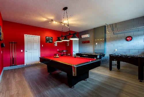 3213.games room with pool table..JPG