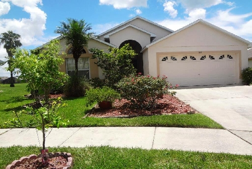 3225.Florida Vacation Villa Front.jpg