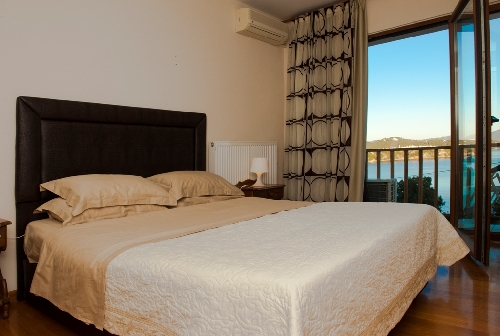 3244.Malamo 2nd bedroom with sea views.JPG