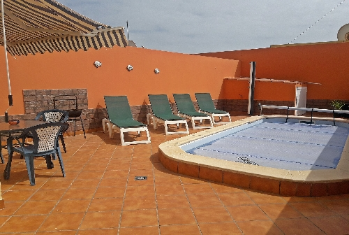 3346.Garden Apt Pool and Patio area.jpg