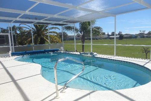 841.38 - POOL AND PATIO.JPG